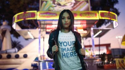 Girl Wearing a Tshirt Cinemagraph and a Leather Jacket Near a Hotdogs Car a13517