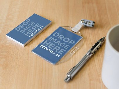 Business Card and Badge Holder 4563