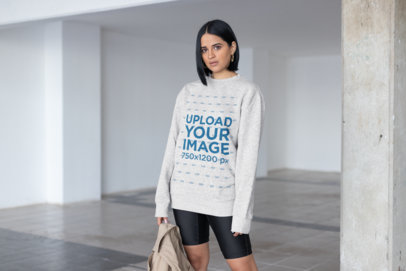 Mockup of a Trendy Woman Wearing a Comfy Sweatshirt 23106