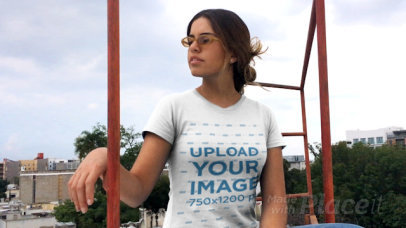 T-Shirt Video Featuring  a Cool Woman in a  Rooftop 23177