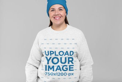 Sweatshirt Mockup of a Smiling Woman with a Beanie 28809