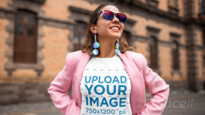 Stop Motion Video of a Woman with a T-Shirt Posing in the Street