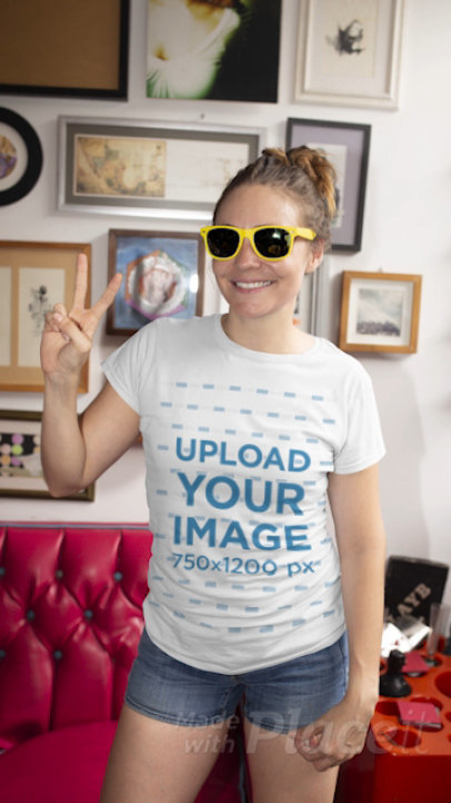 T-Shirt Video of a Woman with Sunglasses Posing in a Kitsch Living Room 22426