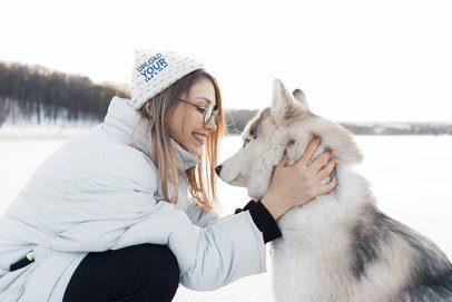 Beanie Mockup of a Woman Petting Her Husky 35142-r-el2