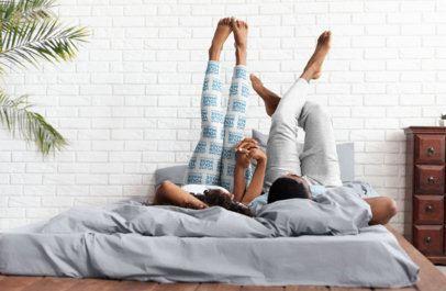 Leggings Mockup of a Couple in Their Room 34416-r-el2