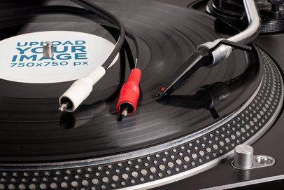 Closeup Mockup Featuring a Vinyl Record on a Turntable 37199-r-el2