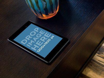 Nexus 7 Black Brown Table Top Shot Standard