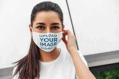 Face Mask Mockup Featuring a Long-Haired Woman 4672-el1