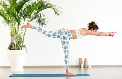 Leggings Mockup of a Woman Doing a Warrior Three Yoga Pose 38588-r-el2