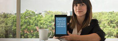 Nexus 7 Front Business Woman Wide