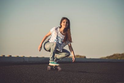 Mockup of a Skater Wearing a Loose T-Shirt 37459-r-el2