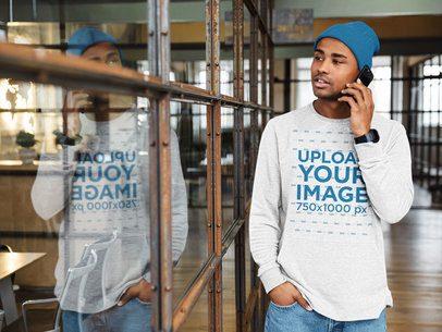 Sweatshirt Mockup Featuring a Man on the Phone 39354-r-el2