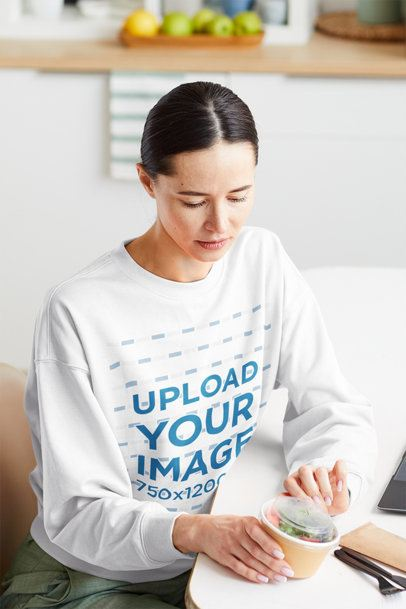 Sweatshirt Mockup of a Woman About to Eat a Salad 41259-r-el2