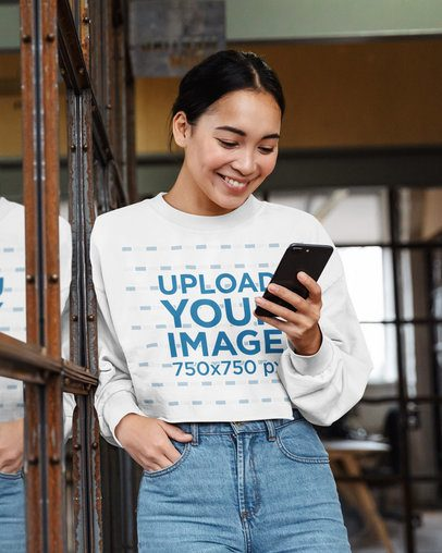 Mockup of a Happy Woman Wearing a Cropped Sweatshirt at an Office 39837-r-el2