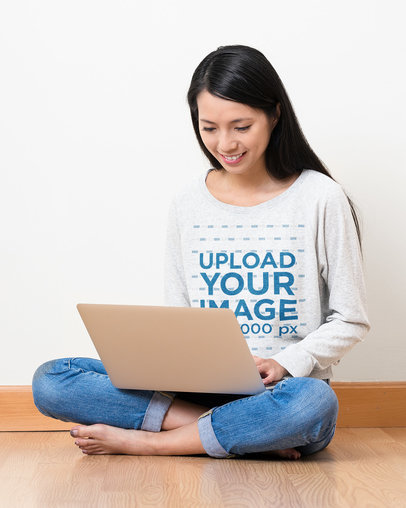 Sweatshirt Mockup Featuring a Woman Working on Her Laptop 44007-r-el2
